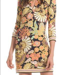 Sassy Trina Turk Melia Shift dress size 2 New!